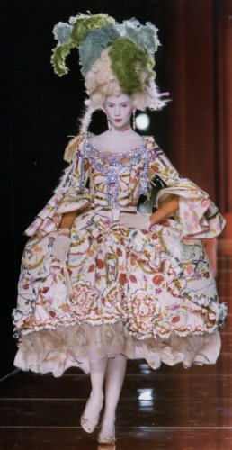 Marie-Antoinette Dior Couture