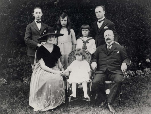 Dior Family
