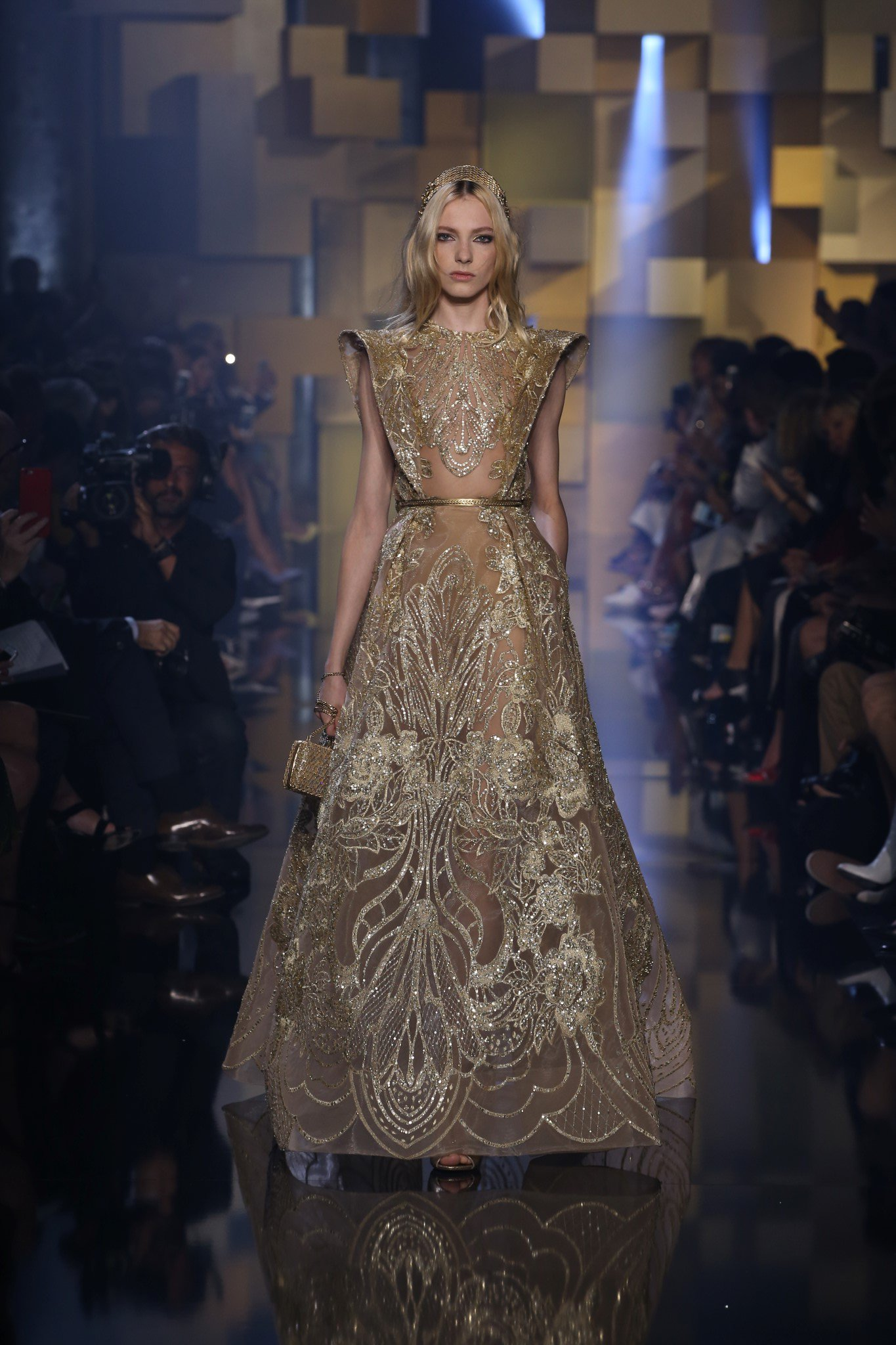 Elie saab fw2015 haute hot couture news for A haute couture