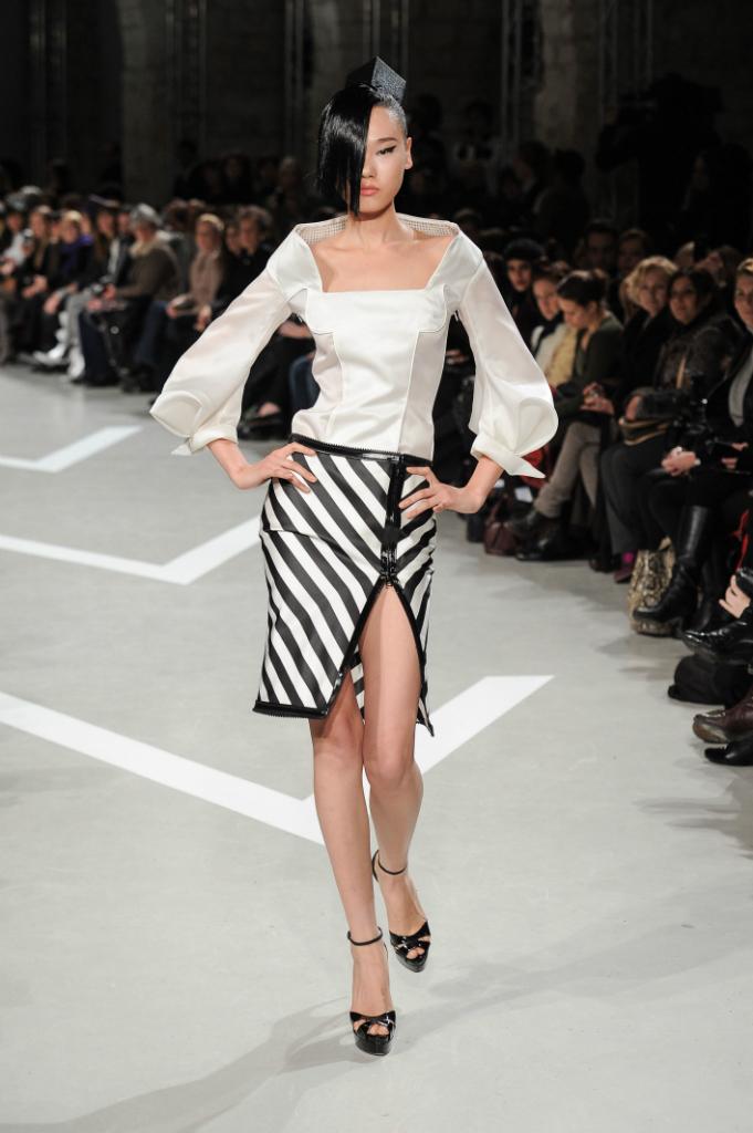Julien Fourni 233 Ss2013 Haute Hot Couture News