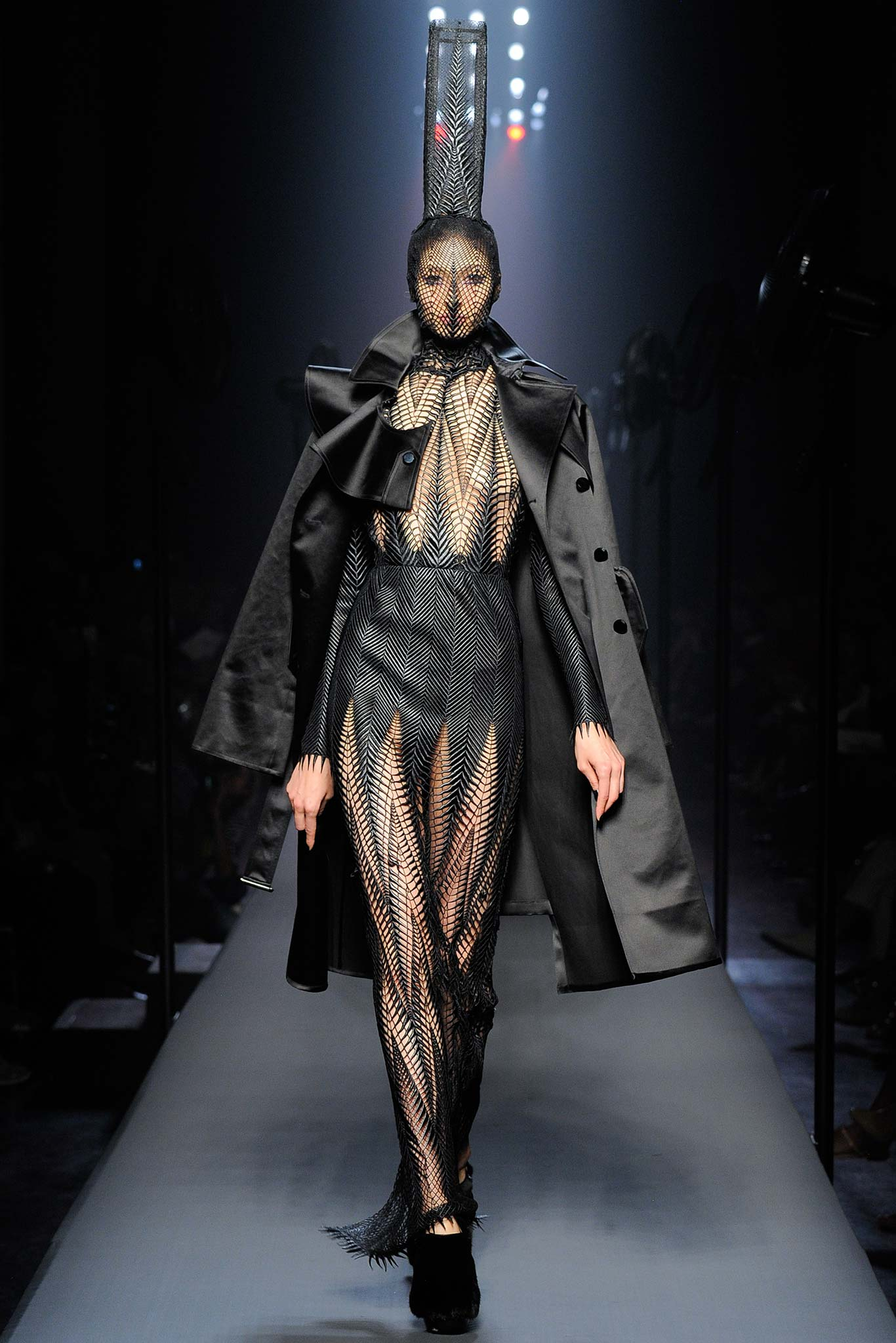 jean paul gaultier fw2015 haute hot couture news. Black Bedroom Furniture Sets. Home Design Ideas