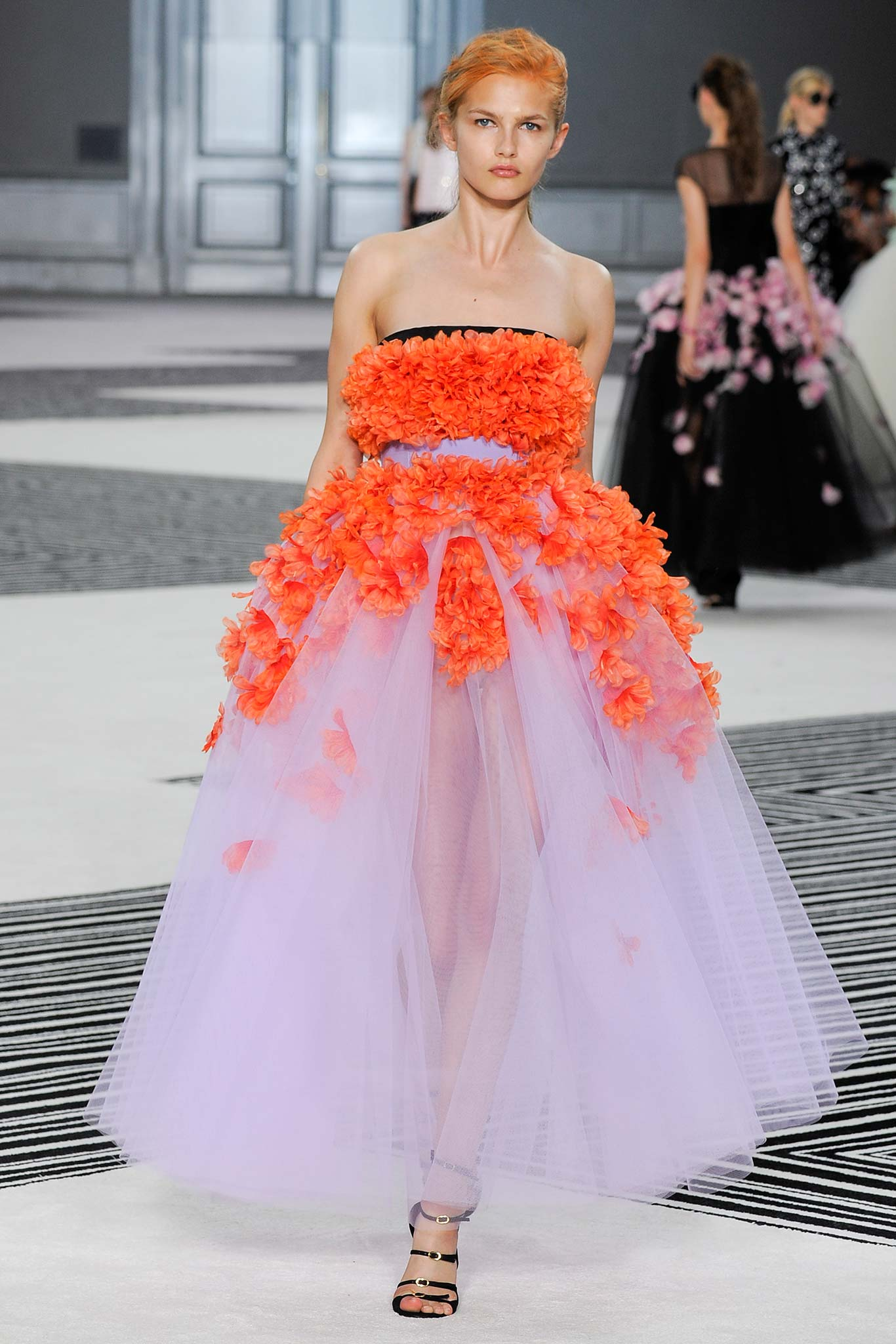 Valli giambattista couture fall winter collection forecasting dress in autumn in 2019