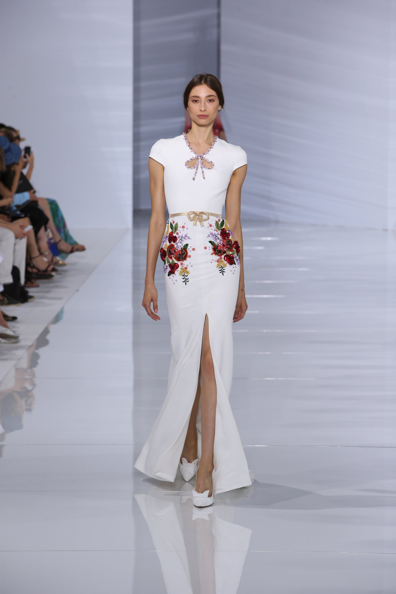 Georges hobeika fw2015 haute hot couture news for Hot couture fashion