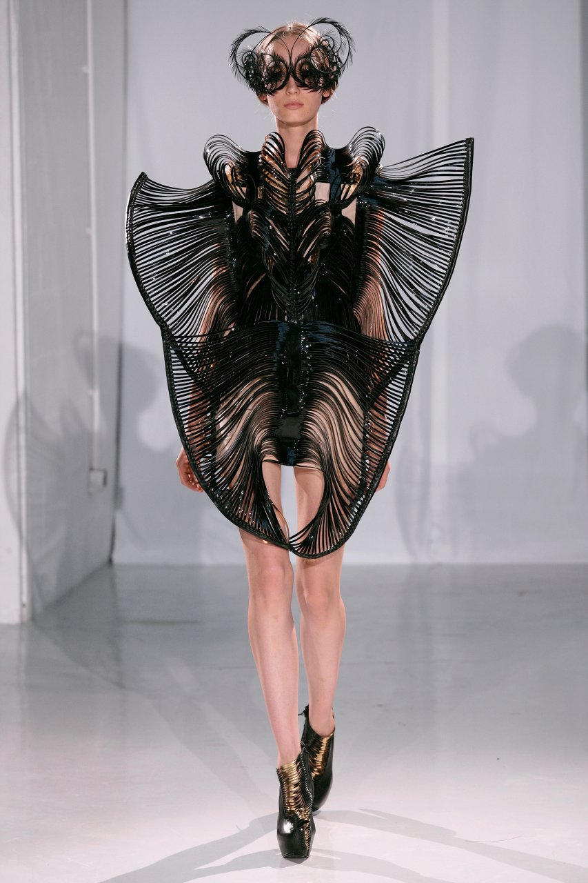 Iris Van Herpen Fw2011 Haute Hot Couture News