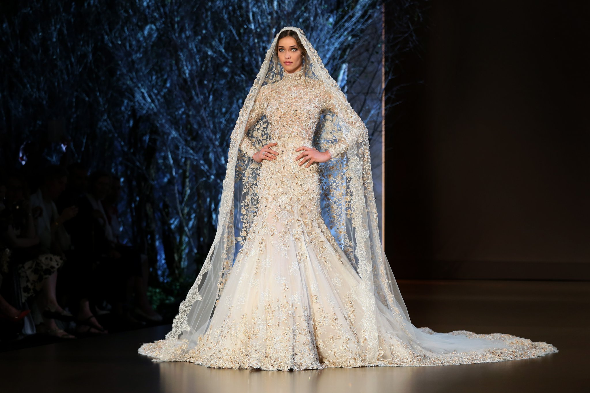 Ralph russo fw2015 haute hot couture news for Ralph and russo wedding dress