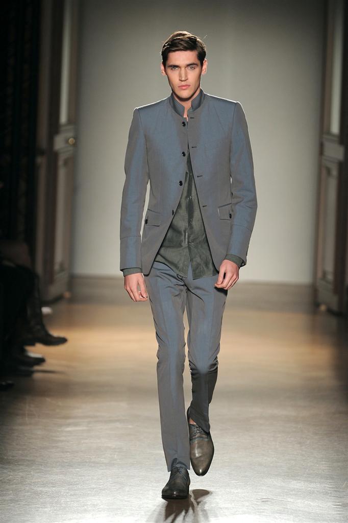 Smalto ss2012 men couture pap haute hot couture news for Haute couture men