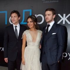 """Mila Kunis wears Elie Saab for """"Friend with benefits"""" premiere in Moscow"""