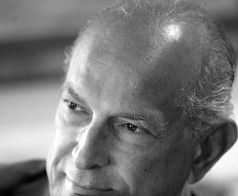 Oscar de la Renta dies aged 82