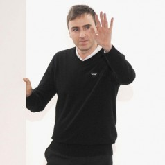 Raf Simons quits Dior after 3.5 years